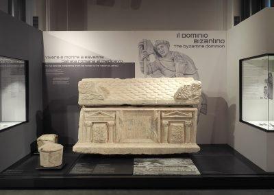Foto 45a: Sarcofago di Vibio Proto